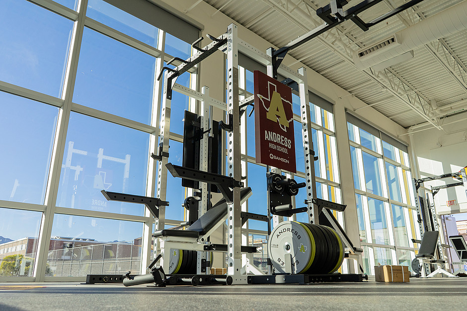 Samson Equipment Full Bench Rack at Andress High School
