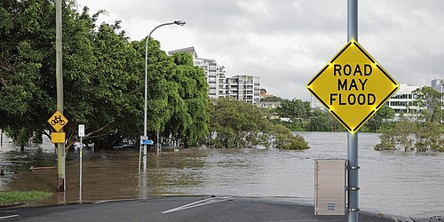 Flood Water Warning System for real-time high water levels